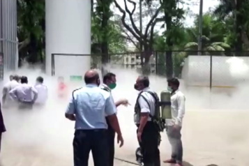 COVID-19 Record de contaminations et de décès en Inde)
