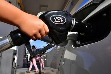 Attaques en Arabie saoudite: le prix du pétrole grimpe de plus de 10%