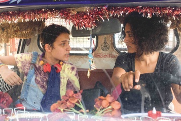Un divan à Tunis: avec Freud, surle divan ★★★)