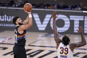 Finale de l'Ouest de la NBA Denver frôle la correction, mais réduit l'écart)