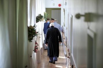 Résidences pour personnes âgées Le masque obligatoire dans les aires communes dès lundi dans certaines régions)