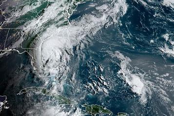 La tempête Isaias arrivera au Québec mercredi)