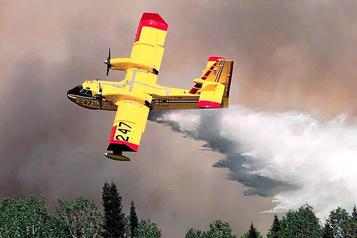Un incendie de forêt continue de progresser au Lac-Saint-Jean)