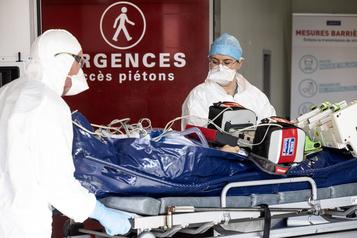 COVID-19 Près de 400morts en 24heures en France)