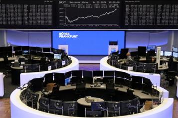 Les Bourses mondiales optent pour la prudence)