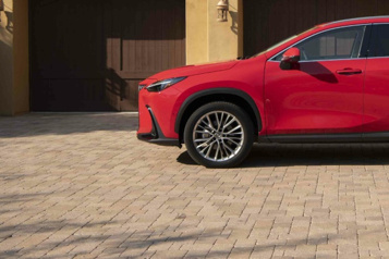Banc d'essai La concurrence du Lexus NX2022