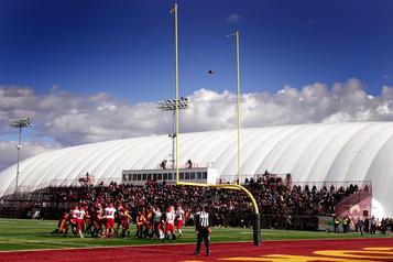 Football universitaire: une saison sous le signe du changement