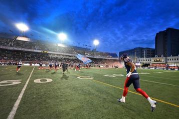 Les Alouettes: la plus grosse foule de la saison attendue