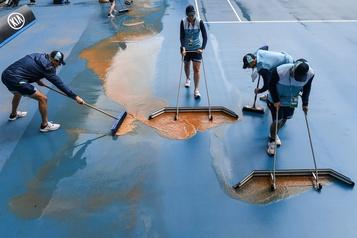Internationaux d'Australie: la pluie retarde certains matchs