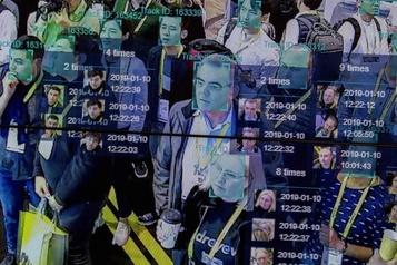 Reconnaissance faciale: les autorités déclenchent une grande enquête