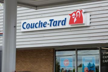 Intérêt de Couche-Tard envers Carrefour Québec en contact avec l'Élysée)
