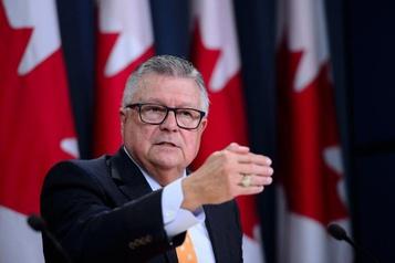 Mesures d'aide: Morneau a présenté deux budgets en deux semaines, dit Goodale