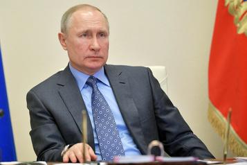 Vladimir Poutine déclare le mois d'avril chômé pour freiner le coronavirus