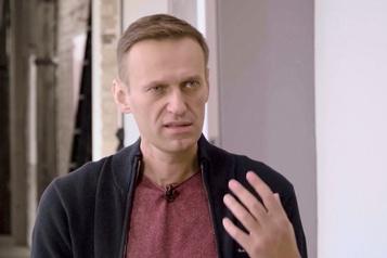 Sanctions contre l'entourage de Poutine Navalny demande à l'UE de «cibler l'argent»)
