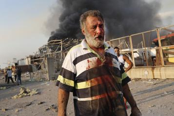 Énormes explosions à Beyrouth: 50 morts et 2750blessés)