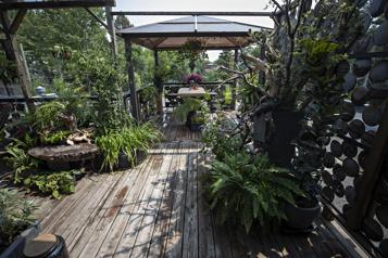 Bien dans son jardin Une terrasse qui lui ressemble)