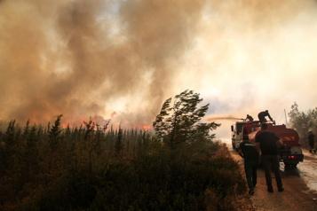 Incendies en Turquie L'UE envoie trois avions bombardiers d'eau)