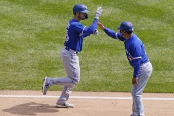 Les BlueJays s'imposent 3-1 sur les Yankees)