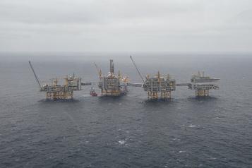 Le pétrole stable, peu emballé par les conclusions de la réunion OPEP+)
