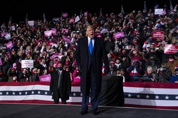 Présidentielleaméricaine Trump tire de l'arrière, mais les jeux ne sont pas faits)