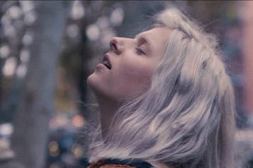 Once Aurora: beau etprécipité★★★)