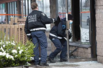 Anjou Un immeuble vacant incendié, deux suspects recherchés)