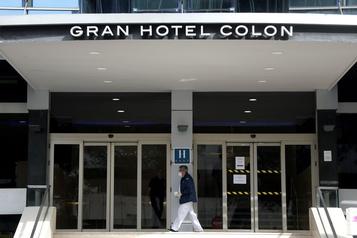 COVID-19: l'Espagne ordonne la fermeture de tous les hôtels