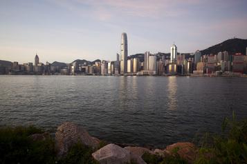 Hong Kong: Trump met en garde Pékin et promet une riposte imminente)