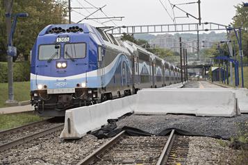 Train de banlieue La fermeture totale de la ligne Deux-Montagnes devancée)