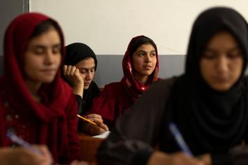 Éducation des filles Les talibans vont «bientôt» annoncer un «cadre», d'après l'ONU