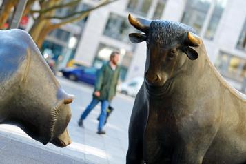 Les Bourses européennes confortées par un nouvel espoir de vaccination)