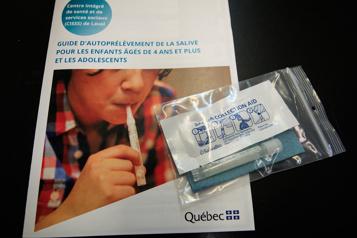 Fermeture d'une école primaire à Montréal en raison de la COVID-19)