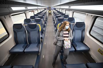 Où s'en va le train debanlieue?)