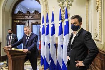 Caucus pré-sessionnels Les oppositions réclament un déconfinement adapté aux régions )