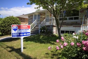 Association canadienne de l'immeuble L'ACI réduit sa prévision de ventes de maisons, les prix augmenteront encore)