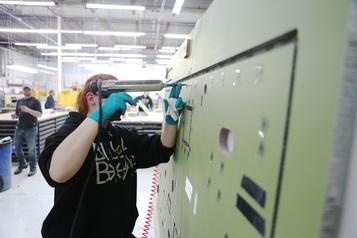L'automatisation des entreprises menace davantage l'emploi des femmes)