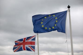 Moody's abaisse la note du Royaume-Uni)