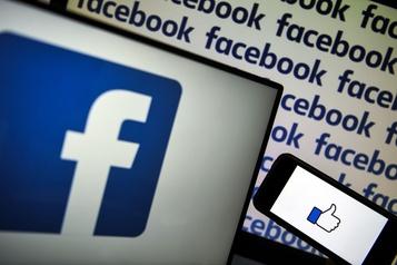 Facebook rejette des accusations d'avoir encouragé les contenus clivants)