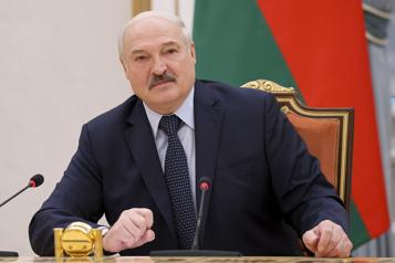 Avion détourné en Biélorussie Les Occidentaux frappent les revenus du régime de Loukachenko)