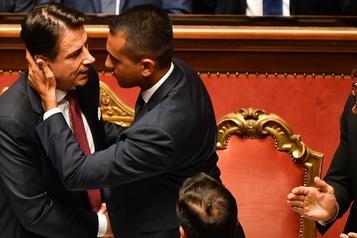L'Italie dans l'incertitude après le divorce de deux partis politiques