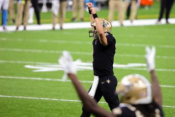 Drew Brees fait gagner les Saints contre les Panthers, 27-24)