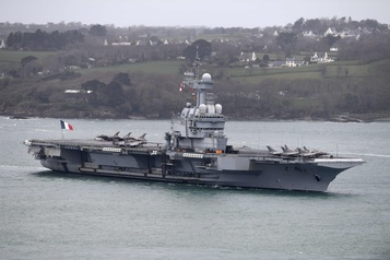 La COVID-19 à bord du porte-avions français Charles-de-Gaulle