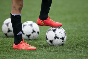Sports étudiant Les matchs entre écoles seront permis, sauf en cas d'éclosion)