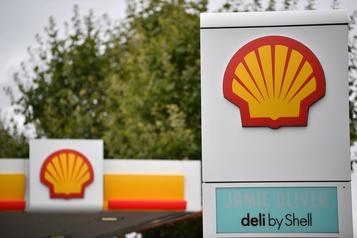 Shell entend supprimer jusqu'à 9000emplois dans le monde)