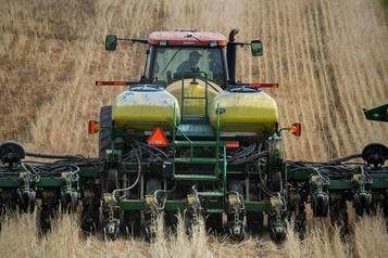 La chute des prix des récoltes inquiète les agriculteurs américains)