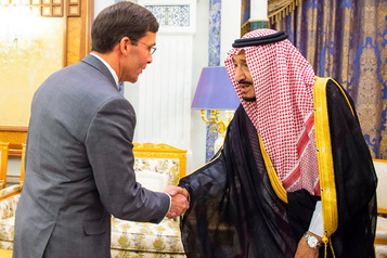Le chef du Pentagone s'entretient à Riyad avec le roi Salmane