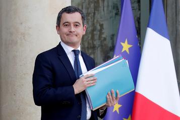 Emmanuel Macron dévoile son nouveau gouvernement )