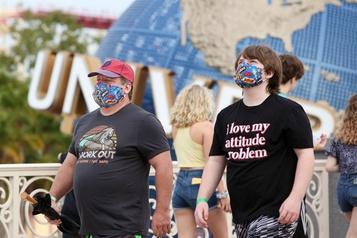 Le parc d'attractions Universal d'Orlando rouvre en Floride)