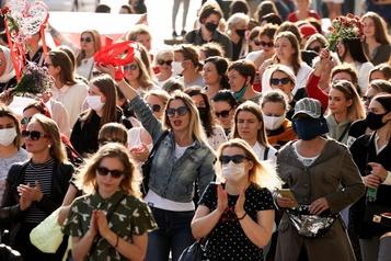 Mouvement de protestation contre Alexandre Loukachenko De nombreuses femmes arrêtées en Biélorussie)