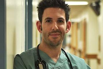 Fièvre chez un nourrisson Plus que jamais, il faut consulter, insiste l'Hôpital de Montréal pour enfants)